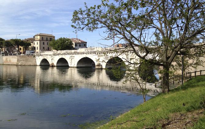 Ponte_di_Tiberio_Rimini