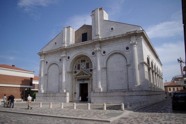 Tempio_Malatestiano