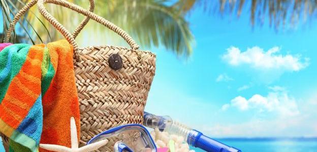 Cosa mettere nella borsa da spiaggia per i bambini? Ecco qualche consiglio.