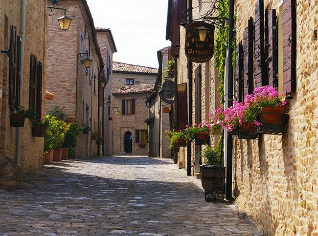 il-borgo-di-montegridolfo