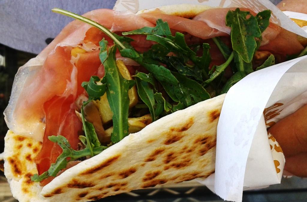 piadina-Rimini-Street-Food