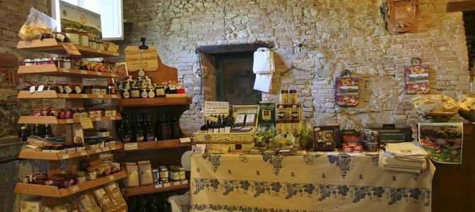 Shopping in Riviera: dall'artigianato locale alla storia di antichi mestieri.